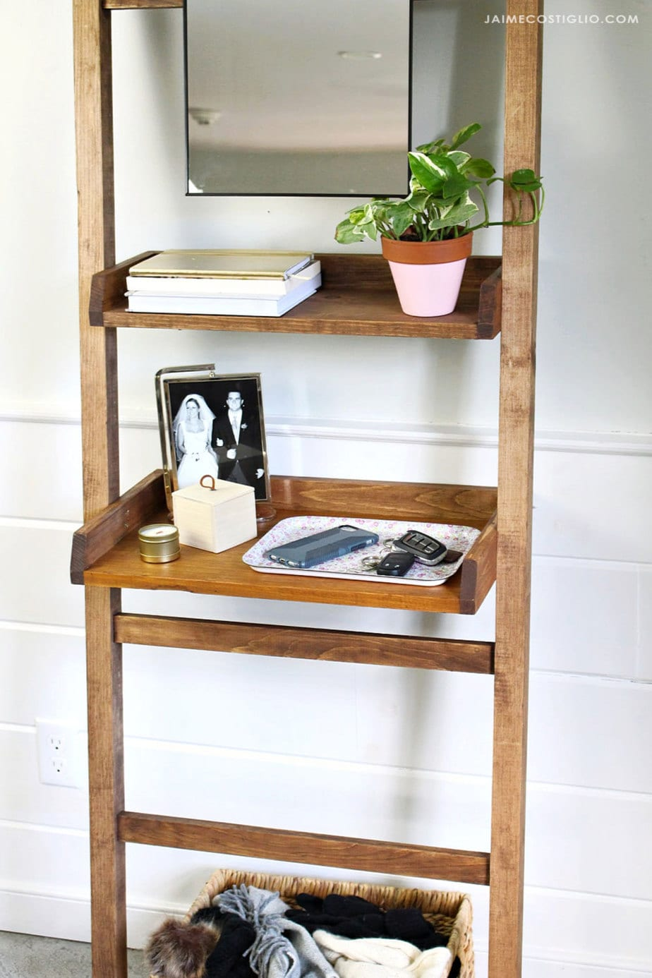 build a leaning entry shelf