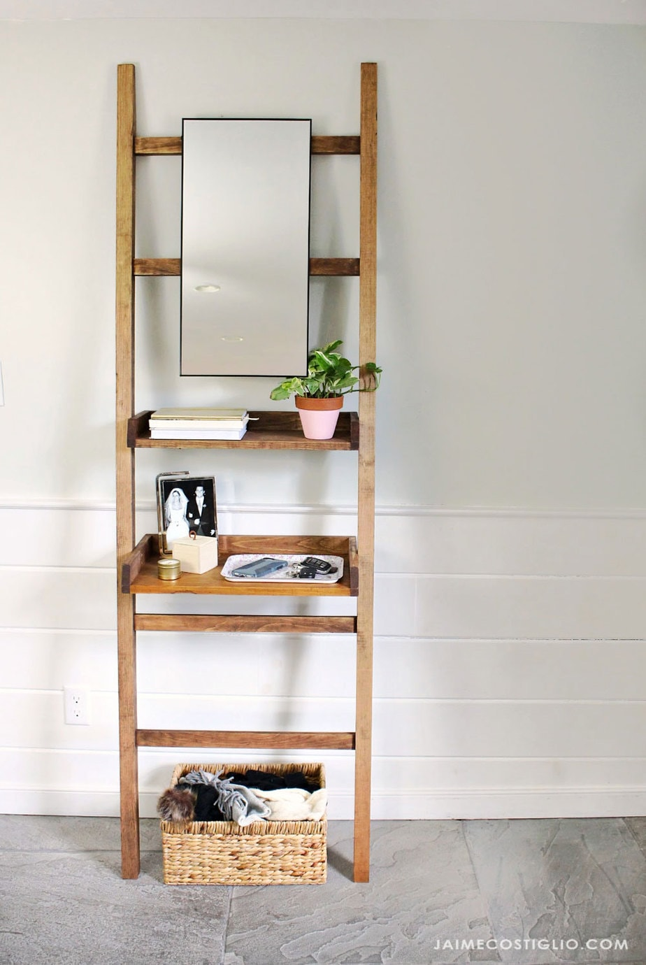 diy leaning shelf