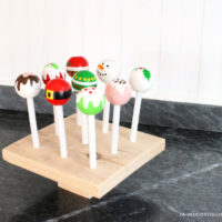 painted play cake pops