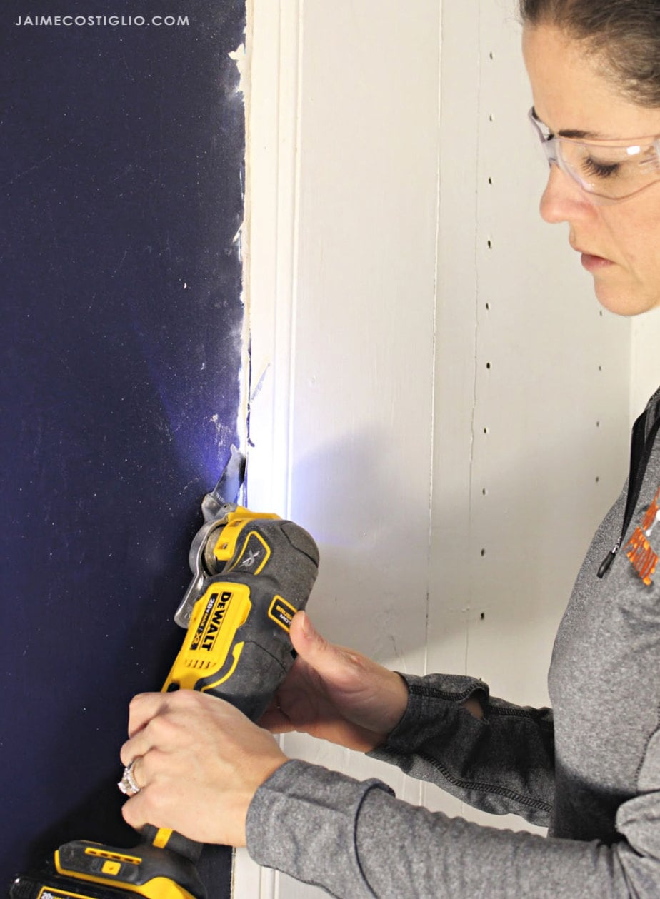 oscillating tool removing built ins