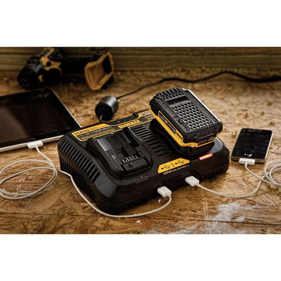 dewalt dual battery park with usb ports