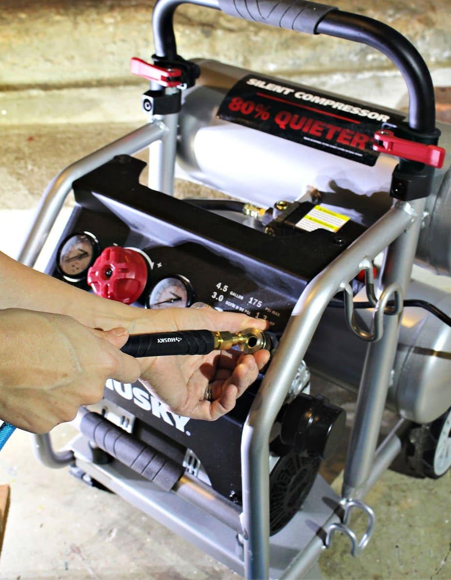 husky air compressor attaching hose