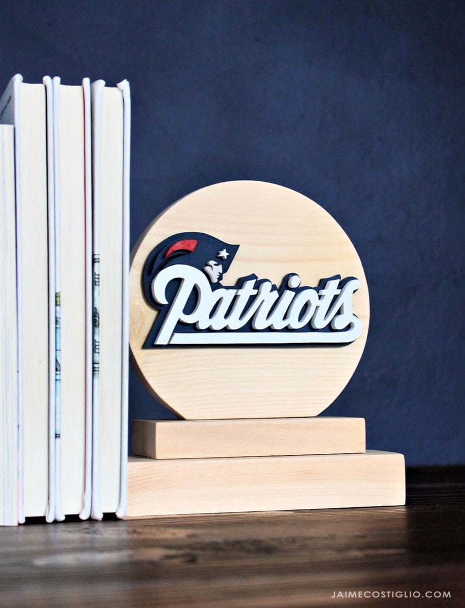 patriots wood bookend
