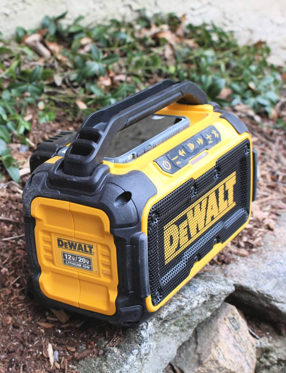 dewalt bluetooth speaker outdoors