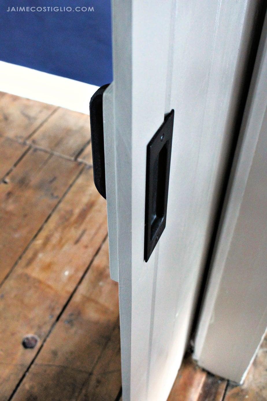 exterior flush finger pull