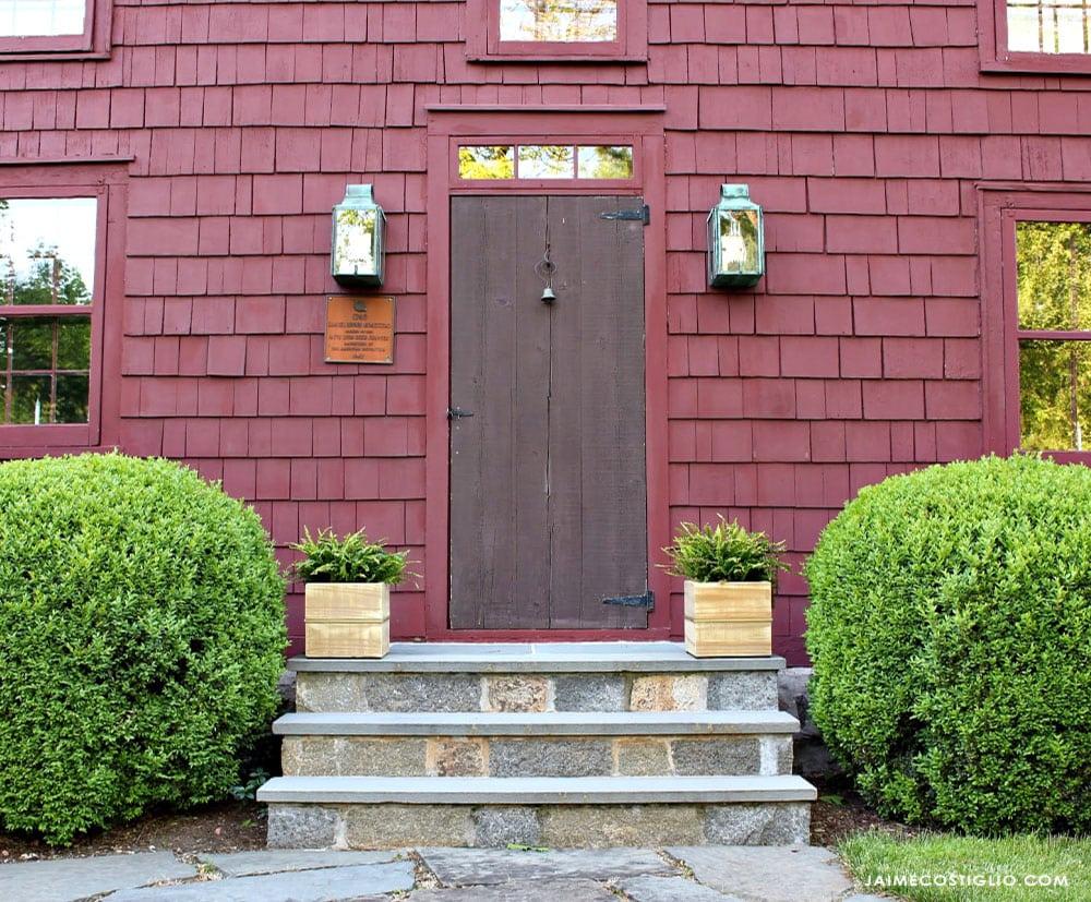 colonial home exterior
