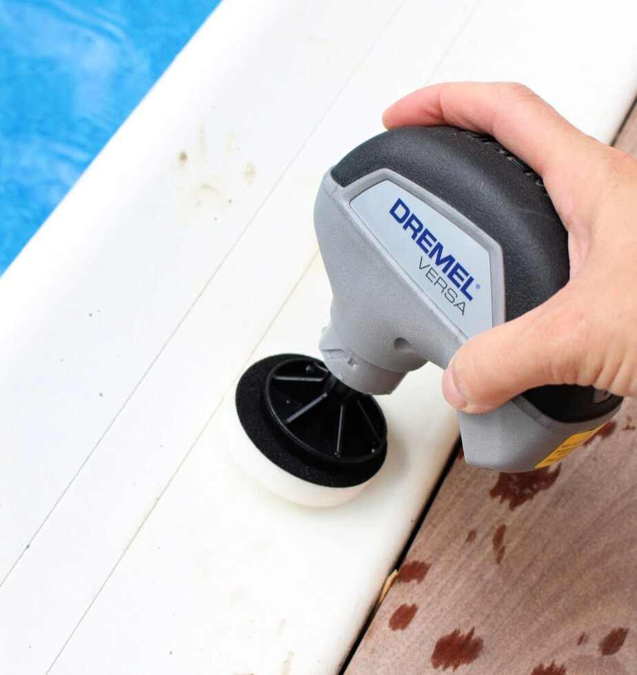 cleaning pool coping with versa