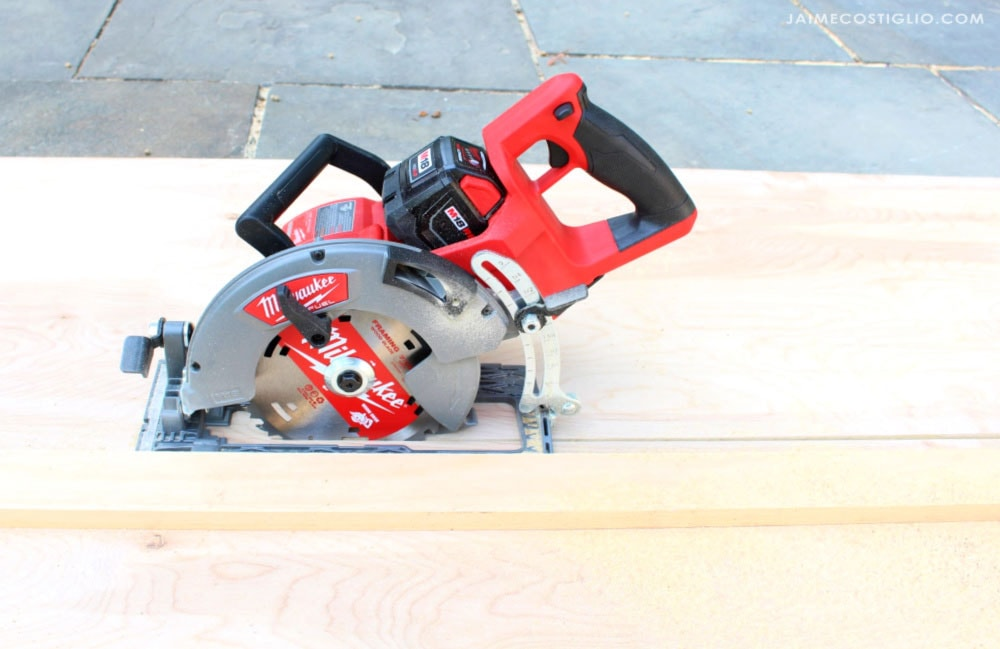 cordless milwaukee saw in plywood