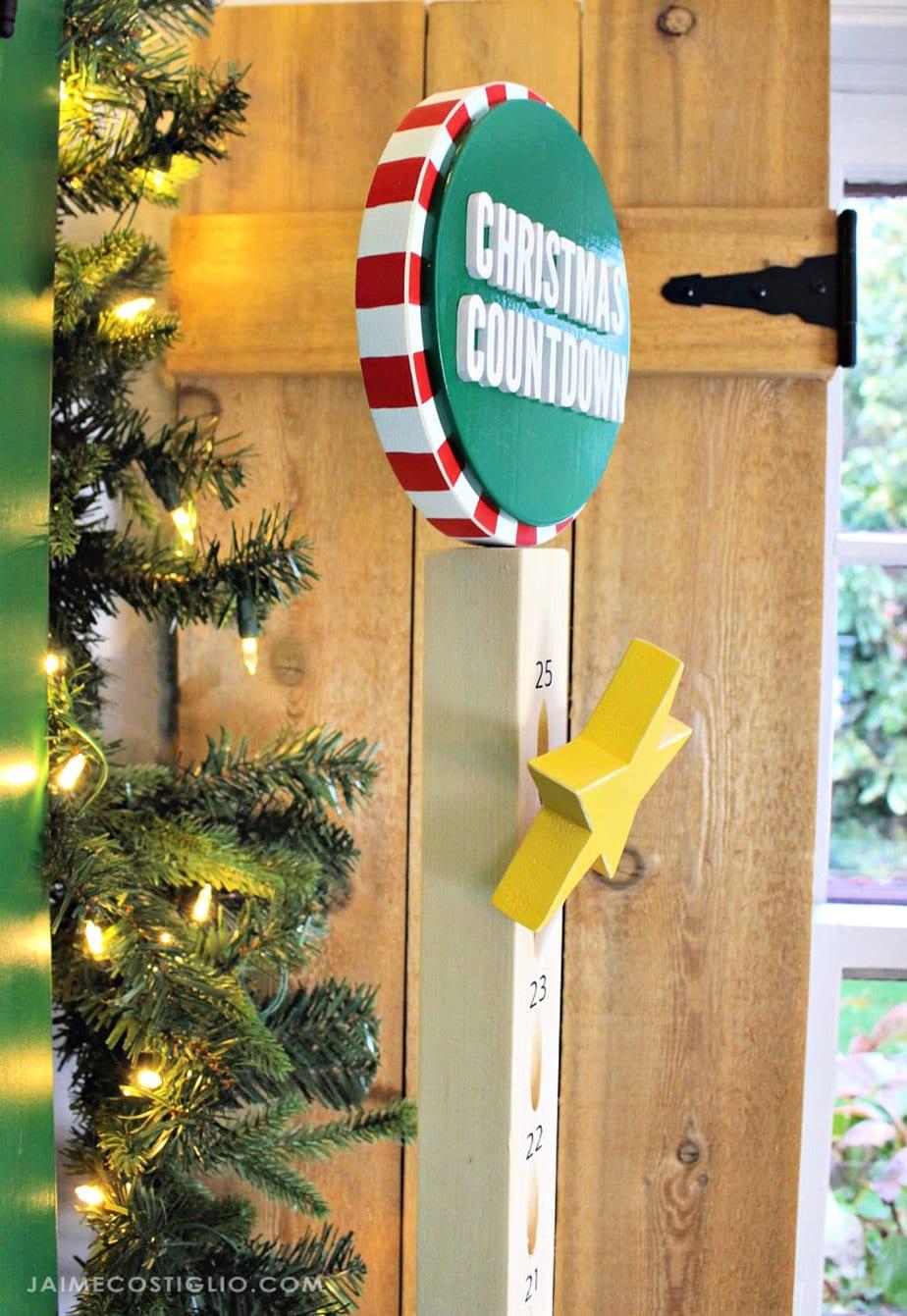 wood star on dowel christmas countdown