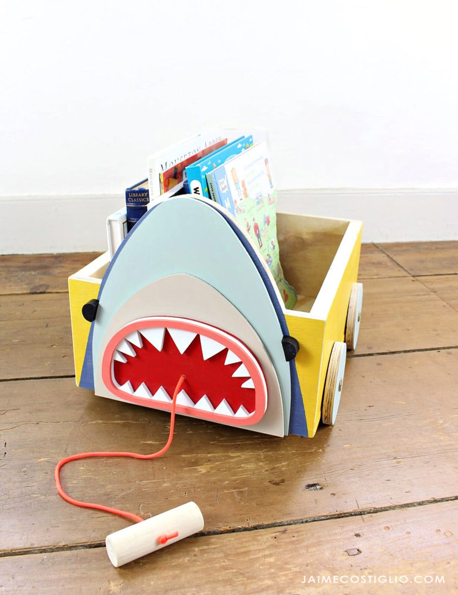 shark book cart