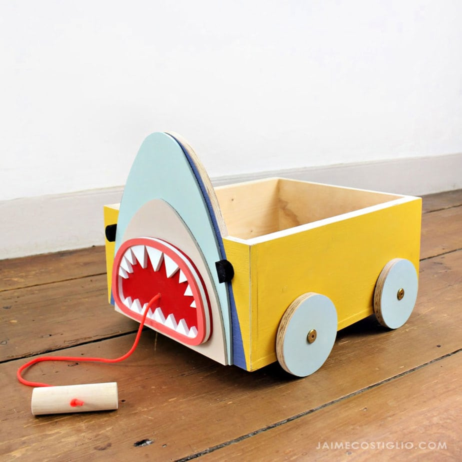 diy animal book cart on wheels