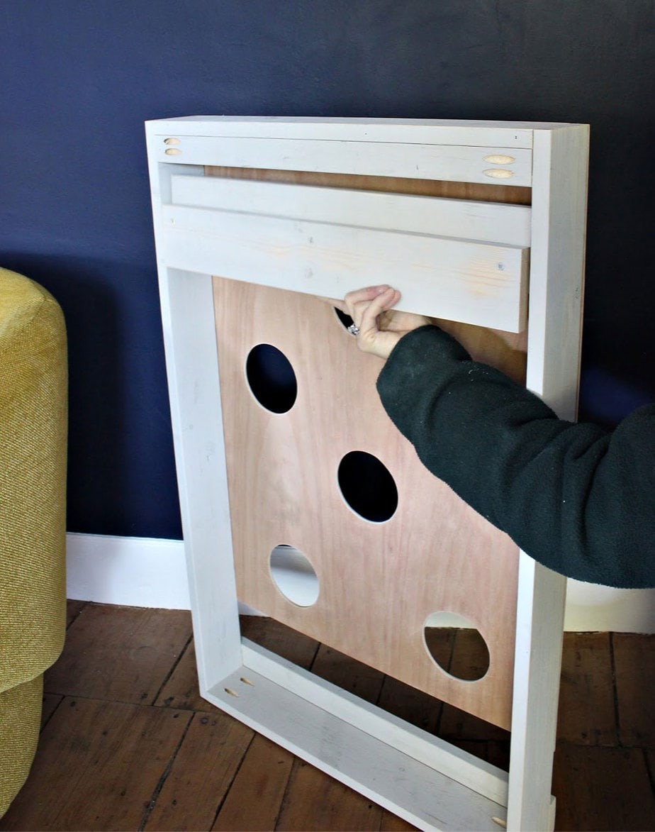 diy wood cleat to hang game