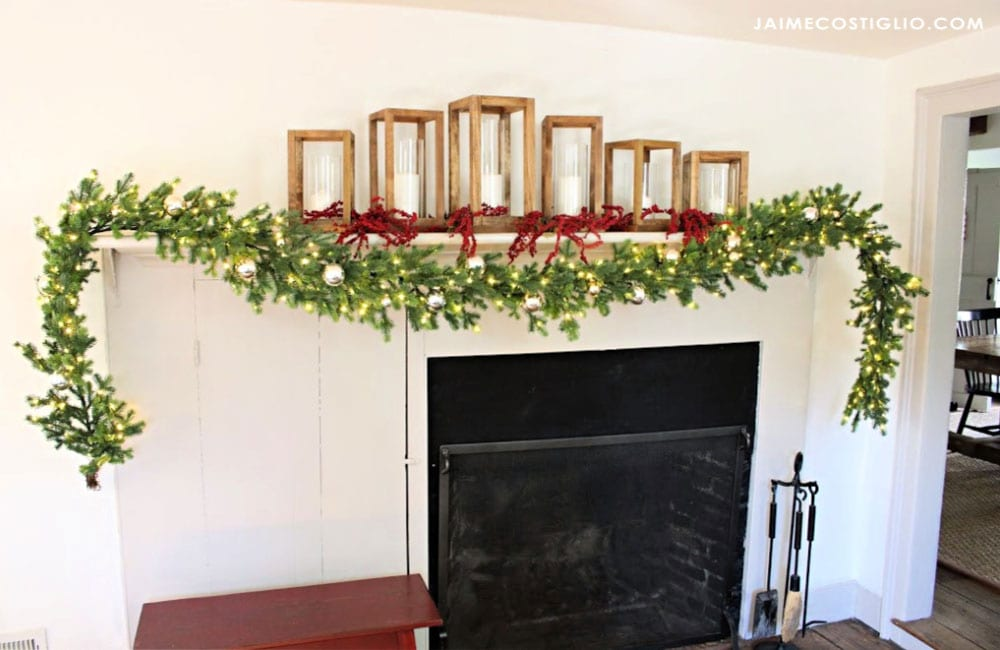 christmas mantel with garland