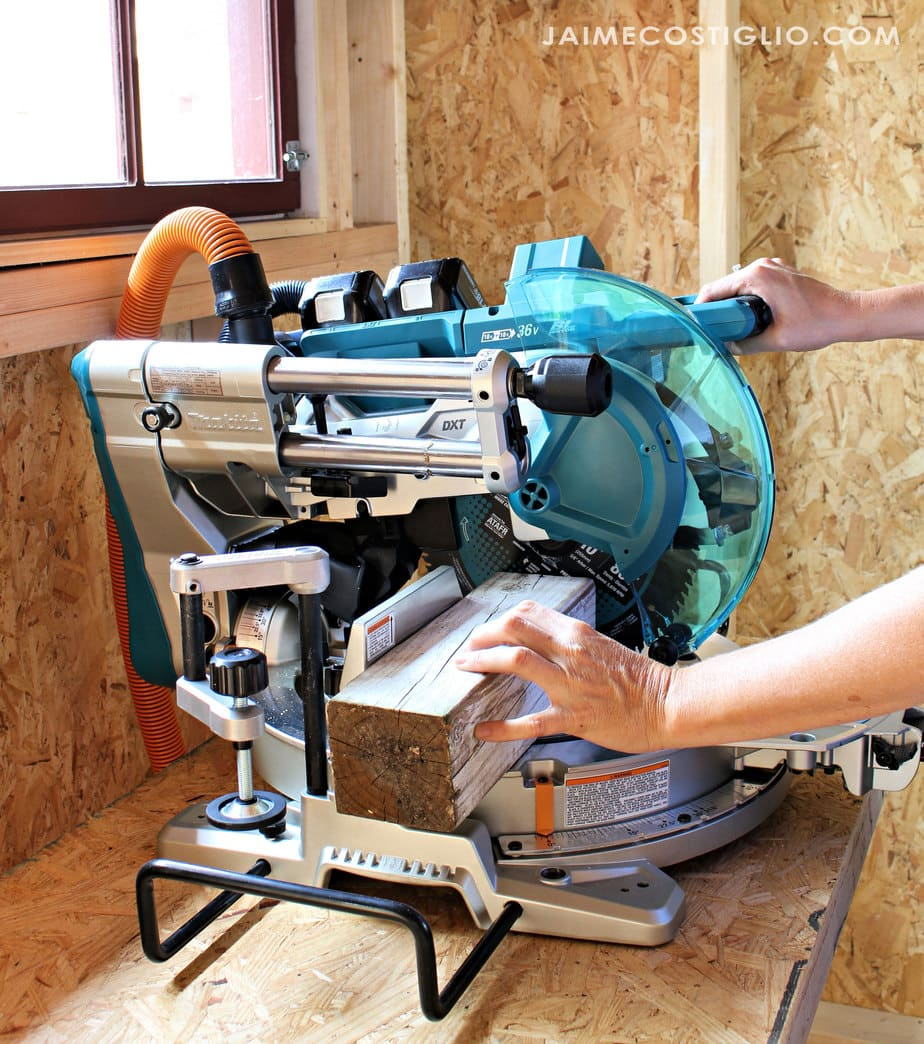 miter saw cutting 4x4 post