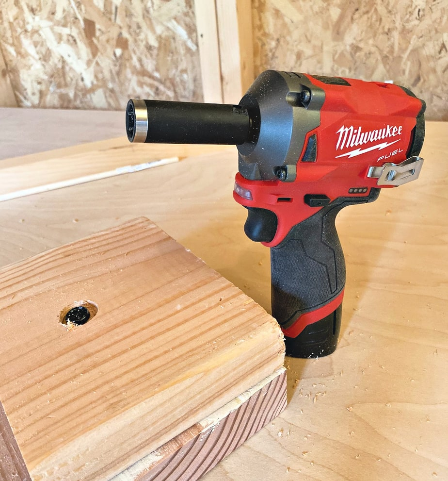 milwaukee impact wrench with bolt