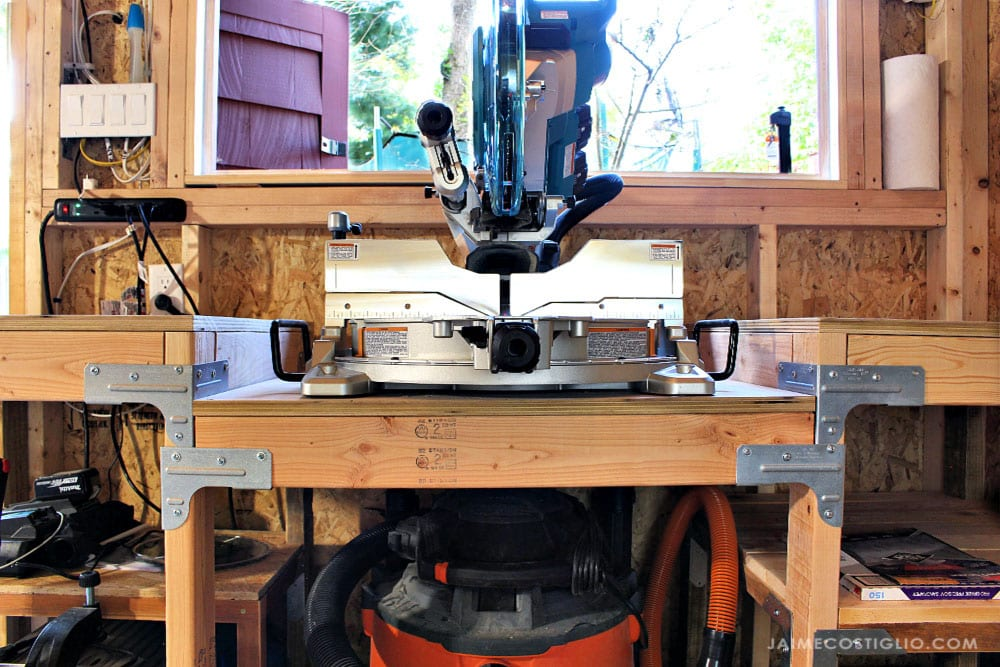 Makita miter saw on table