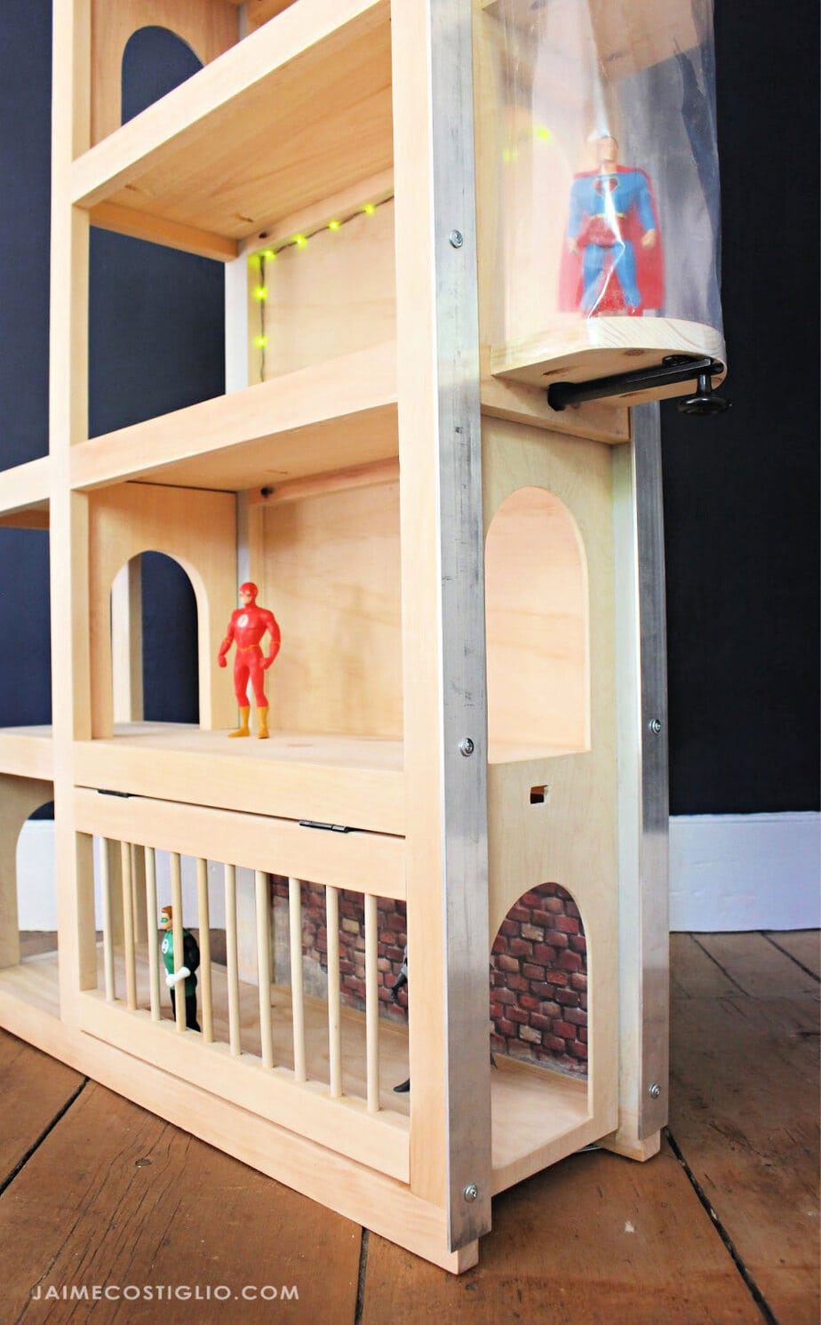 playhouse for superheros