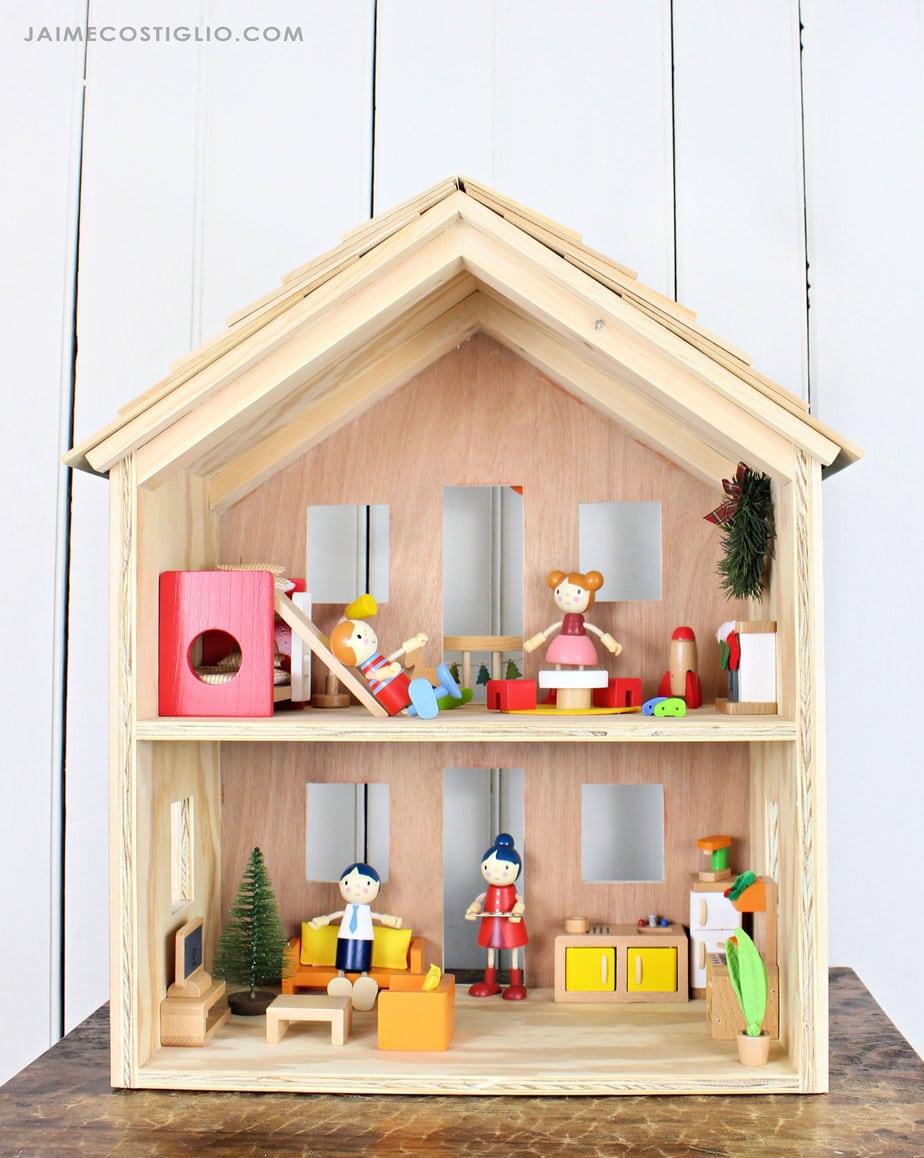 easy access dollhouse
