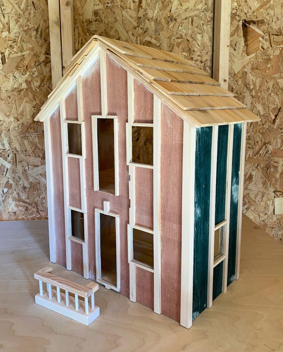 dollhouse ready for paint