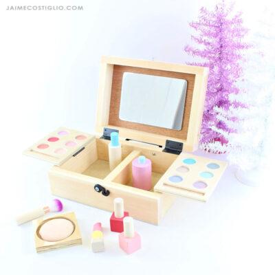 diy play beauty box vanity feature