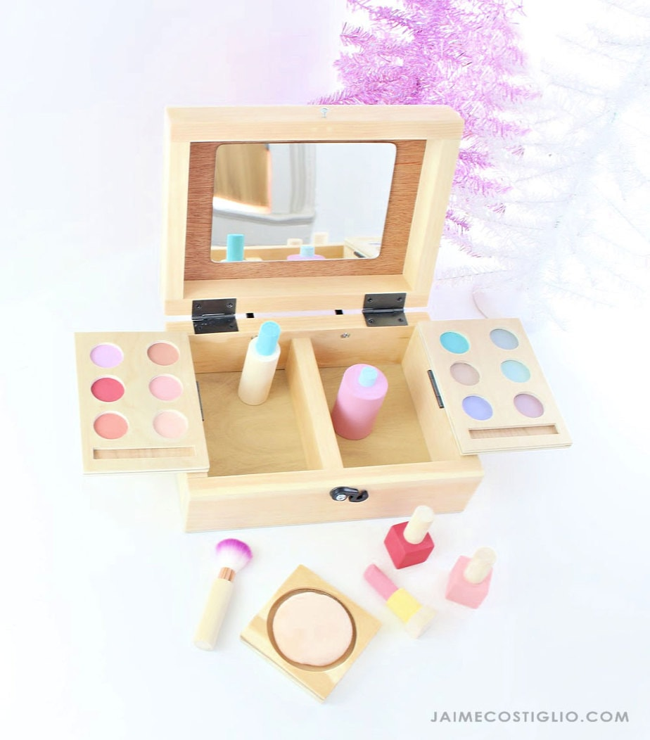 kids play make up set