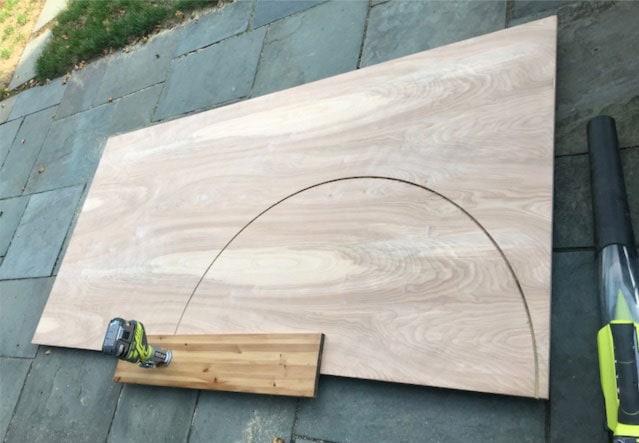 circle jig cutting plywood
