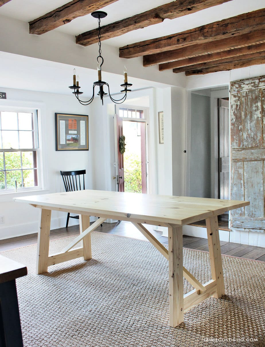 primitive farmhouse dining room