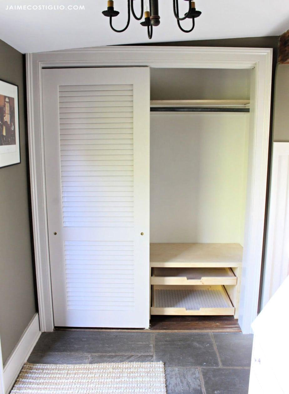 foyer closet interior