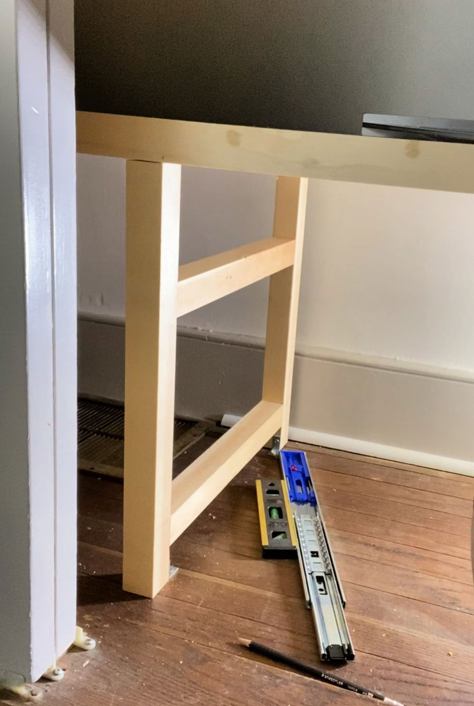 center bench support inside closet