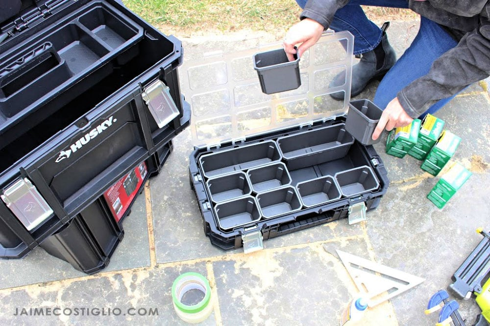 removable bins in organizer