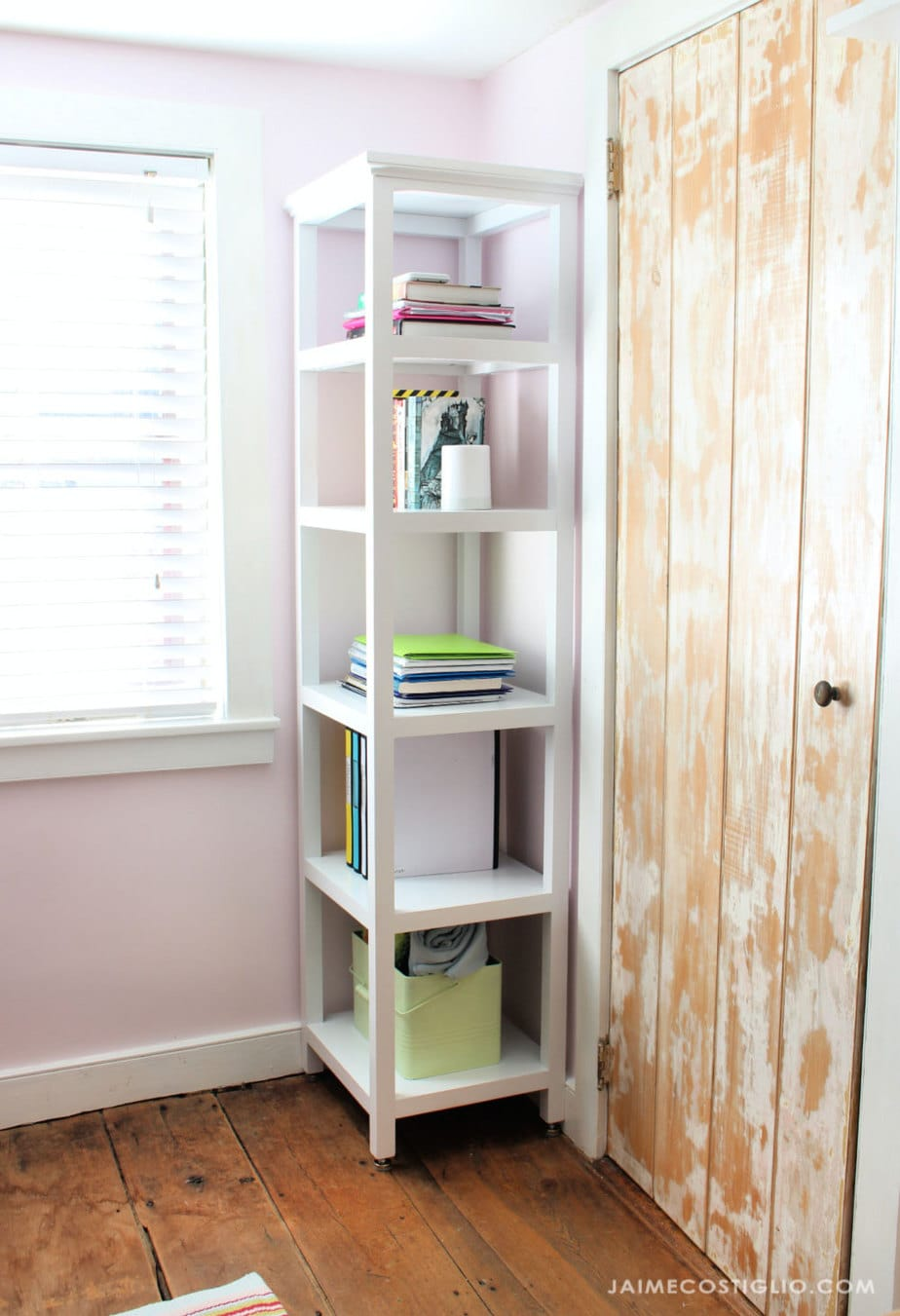 teen bedroom shelving