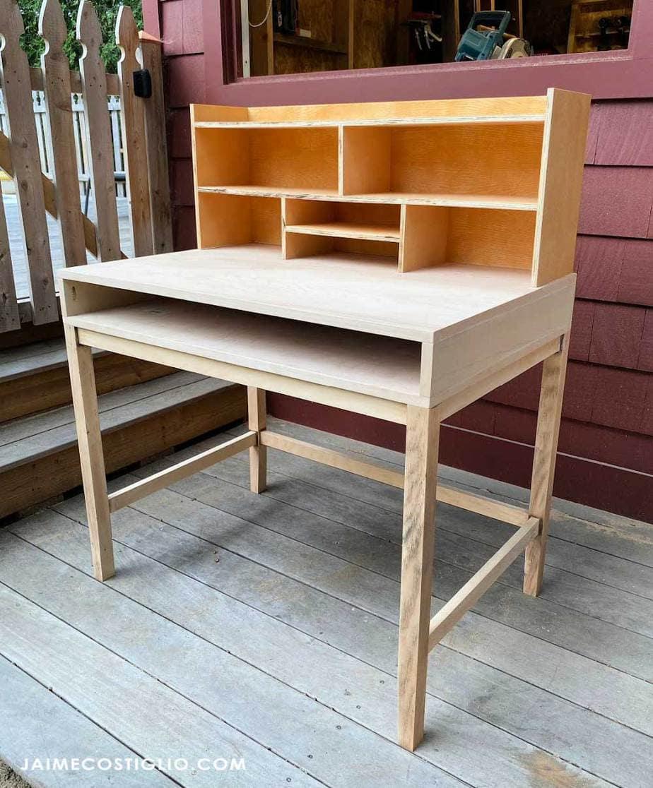 modern desk built