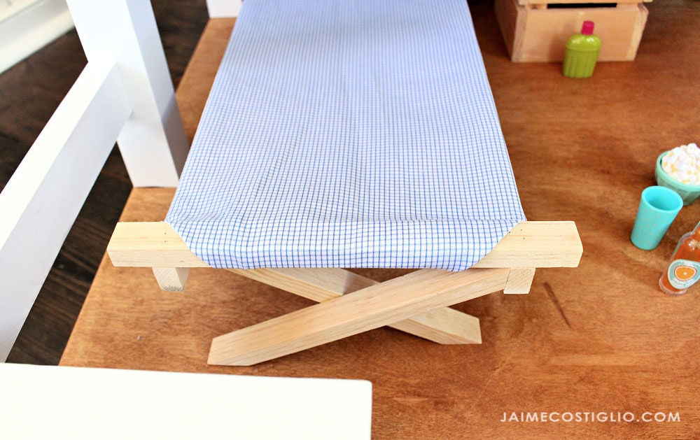 18 inch wood doll cot detail