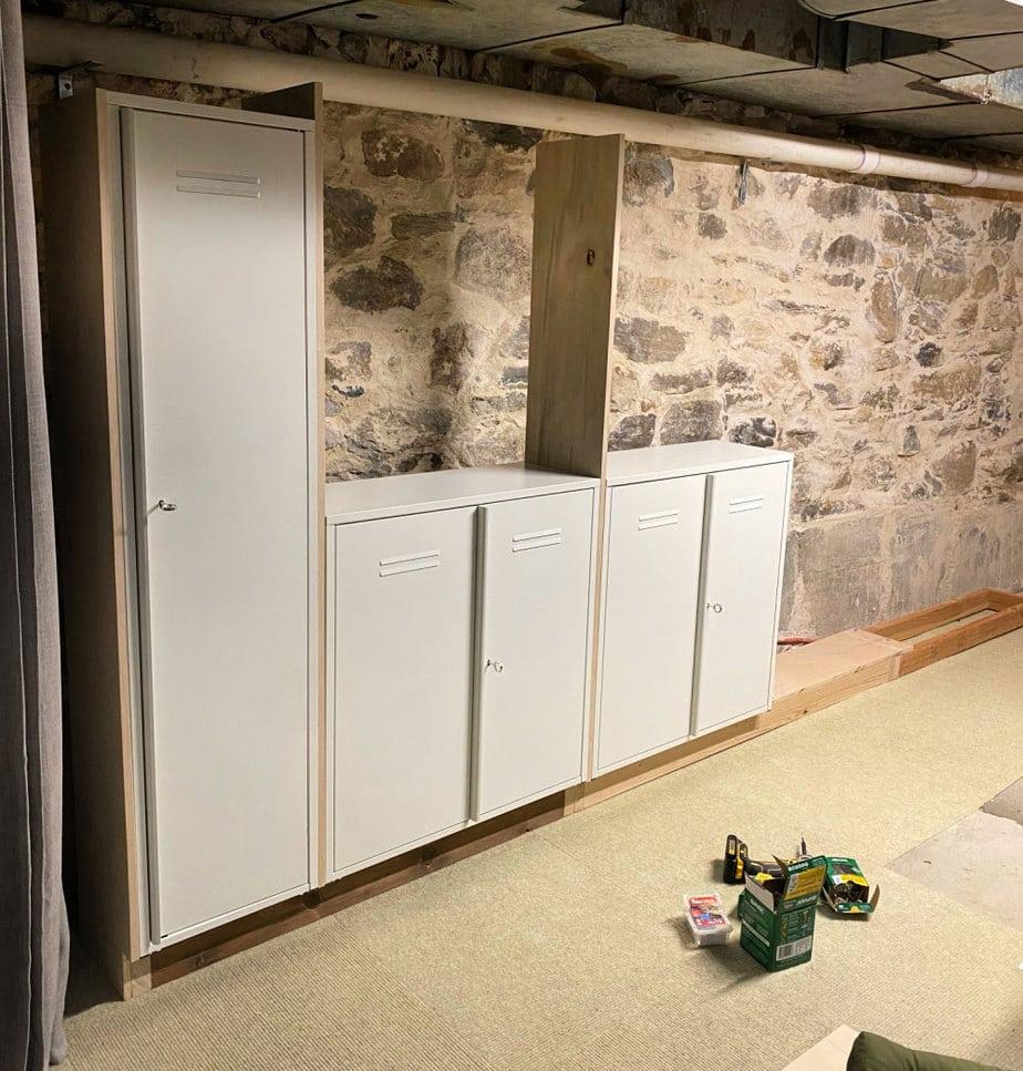locker installation process