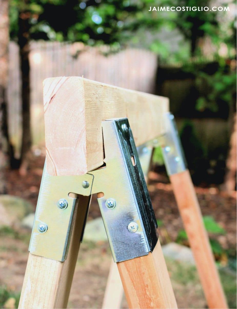 side view sawhorse