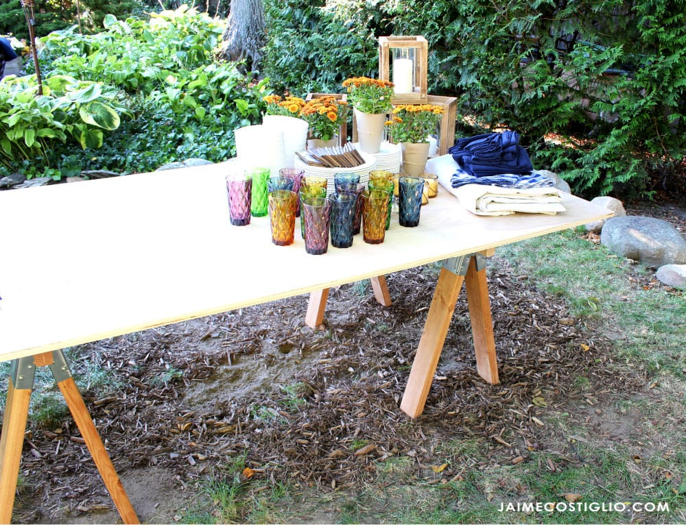 table decor on outdoor dining table