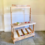 DIY Simple Play Market Stand